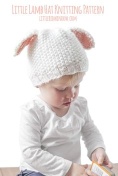 Knit a sweet little lamb hat with great texture with this free knitting pattern!