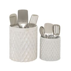 Add style to your kitchen platform by inclusion of this ceramic kitchen utensil holder set. This wonderful set includes two different size holders. These holders are cylindrical shape have checkered i