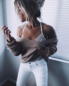 """Mi piace"": 4,119, commenti: 86 - Heather (@_thefab3) su Instagram: ""Sunday's be like... @gooseberryintimates #peekaboo✨ #knit #gooseberryintimates"""