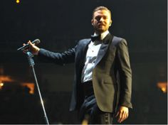 On the road, Justin Timberlake uses the Audio-Technica AEW-T6100 dynamic wireless #microphone.