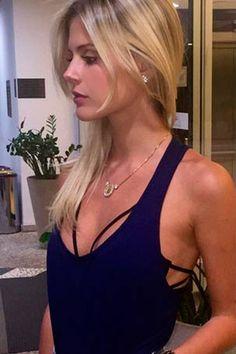 Inspire-se na hora de usar o strappy bra, o top com tiras para todos os lados que virou febre do streetstyle   Chic - Gloria Kalil: Moda, Beleza, Cultura e Comportamento