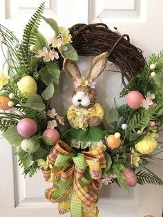 Easter Projects, Easter Crafts, Bunny Crafts, Easter Ideas, Diy Easter Decorations, Easter Centerpiece, Easter Wreaths, Grapevine Wreath, Easter Table