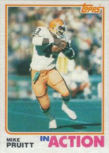 Mike Pruitt In Action 1982 Topps football card Football Cards, Nfl Football, American Football, Baseball Cards, Cleveland Browns History, Cleveland Browns Football, Football Conference, Action, Iron