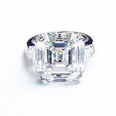 From simple diamond solitaire engagement rings and three-stone designs to an elaborate men's diamond Versace wedding band, there is something for every couple and every taste. Description from ebay.com. I searched for this on bing.com/images