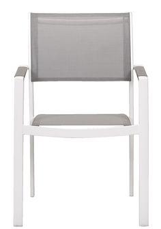 Le Sud stapelstoel Valencia: met deze witte stoelen en bijbehorende tafel creeer ik een strakke en toch frisse eethoek in de tuin die goed past bij de griekse stijl Valencia, Outdoor Chairs, Outdoor Furniture, Outdoor Decor, Modern, Home Decor, Garden, The South, Trendy Tree