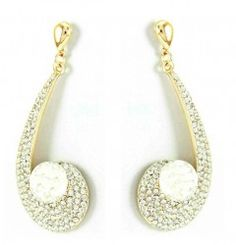 Crystal Chandelier Taşlı Küpe Fiyatı:27,90 TL http://www.hane14.com/crystal-chandelier-tasli-kupe