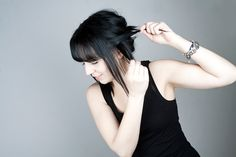 See our new hair style at the blog: http://www.tintinstyleblogg.se/