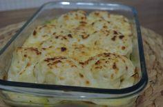 cocer la coliflor  18  minutos  escurrir y poner en una fuente para horno echar la bechamel y el queso rallado y gratinar en el horno  medio unos 8 minutos