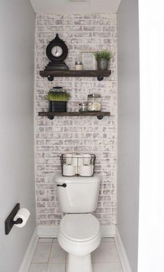 Beautiful bathroom decor tips. Modern Farmhouse, Rustic Modern, Classic, light and airy master bathroom design tips. Bathroom makeover suggestions and master bathroom remodel some ideas. Bad Inspiration, Bathroom Inspiration, Bathroom Inspo, Bathroom Wall Ideas, Bathroom Rules, Bathroom Layout, Modern Farmhouse Bathroom, Farmhouse Decor, French Farmhouse