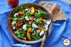 Salata cu piersici la gratar si branza de capra Tacos, Deserts, Mexican, Ethnic Recipes, Gem, Food, Salads, Essen, Postres