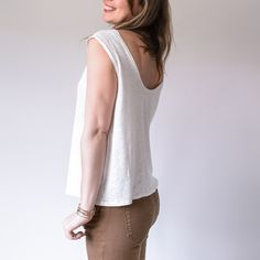 aime comme Miss - Aime comme Marie Aime Comme Marie, Sewing Courses, Couture Sewing, Sewing Patterns Free, Free Sewing, Diy Clothing, Get Dressed, Basic Tank Top, Tee Shirts