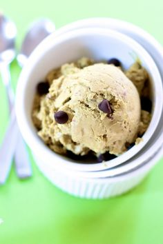 Dark Chocolate and Mint Avocado Ice Cream The Chic Chocolate Curator | Scoop.it