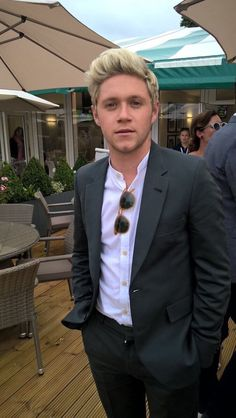 Niall Horan is so Sexy/Hot