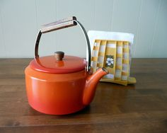 orange-you-cute - vintage teapot kettle #home #decor #kitchen