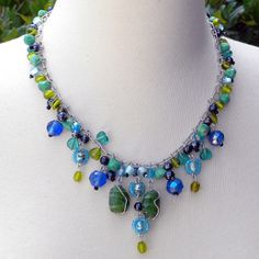 Homemade Jewelry Ideas | Beaded handcrafted necklaces are highly popular