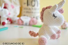 O Recuncho de Jei: Paso a paso del unicornio amigurumi Crochet Unicorn, Crochet Baby, Crochet Doll Tutorial, Dolls, Teddy Bear, Ideas, Crochet Dolls, Knitting And Crocheting, Crochet Mermaid