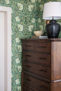 William Morris Removable Wallpaper - Seeking Lavender Lane