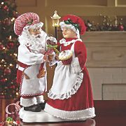 Animated Santa and Mrs. Claus from Through the Country Door® Christmas Store, Father Christmas, Santa Christmas, Christmas And New Year, All Things Christmas, Vintage Christmas, Mrs Claus Dress, Santa Claus Figure, Santa Clause