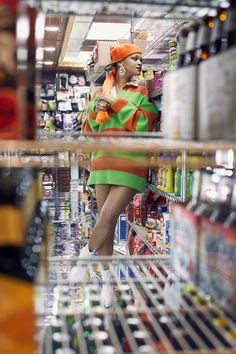 Upskirt french mature in supermarket