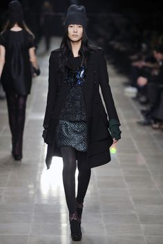Liu Wen's 25 Best Runway Moments?url=http://www.style.com/slideshows/slideshows/trends/industry/2015/05-may/liu-wen-best/slides