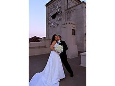Oviatt Penthouse Los Angeles Wedding Locations 90014 Old Hollywood Wedding Venues -repinned from Southern California wedding officiant https://OfficiantGuy.com #losangelesofficiant #losangelesweddings