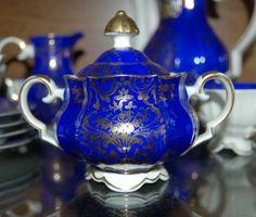 Piękna porcelanowa cukiernica porcelana i złoto 22 karaty