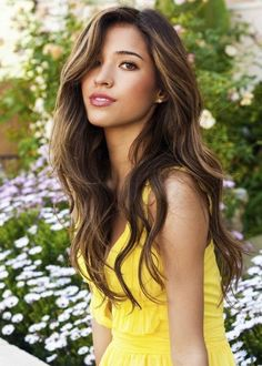 10 Best Beautiful Wavy Long Hairstyles #Hairstyles # LongHairstyles #WavyLongHairstyles