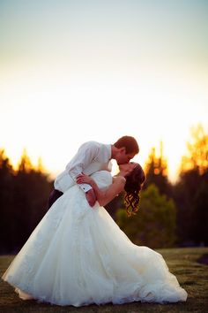 EverythingSisters: Must-Have Wedding Pictures & Detail Tips