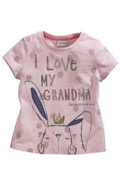 Quiero a la abu  Ponemos lo que tu quieras en una camiseta o sudadera. También la puedes traer tu y te la personalizamos.  camisetas douglas C/García Paredes, 32. MADRID http:www/camisetasfelices.com