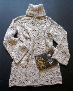 ARTEFAKTEJA ja ajatuksenpoikasia omⒶksi ja toistenkin ILOKSI ':D Crochet Tunic, Crochet Art, Crochet Clothes, Wedding Tattoos, Black And Grey Tattoos, Embroidery Art, Crochet Designs, Body Art Tattoos, Beige