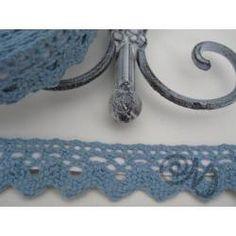 Häkelspitze selbstklebend taubenblau