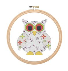 Cross Stitch Pattern Pop Owl  with red and green eyes. Animal pattern cross stitch, funny coloured and original. Modern cross stitch pattern