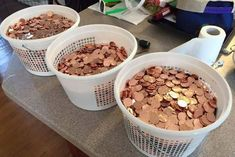A pattern of illegal parking for a local college student now has him protesting what his fine money's being used for. Paying in pennies. Thinking In Pictures, Best Of 9gag, Student Protest, Parking Tickets, Good Morning America, Have A Laugh, Best Funny Pictures, Videos, Dog Food Recipes