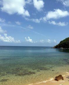 Roatan, Bay Islands. Hotel Media Luna