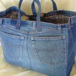 I made a purse out of jeans in Jr. Great way to recycle jeans. The bigger the jeans, the bigger the bag. I have some big jeans to use! Jean Crafts, Denim Crafts, Artisanats Denim, Denim Purse, Denim Bags From Jeans, Denim Style, Jeans Pants, Denim Shop, Diy Purse From Old Jeans