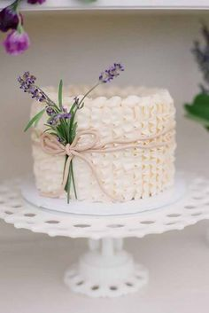 small cakes with big style 16