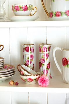 Love collecting tea sets with roses.