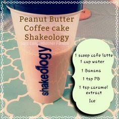Best cafe latte recipe ever Shakeology Shakes, Beachbody Shakeology, Shakeology Cafe Latte, Chocolate Smoothie Recipes, Chocolate Banana Smoothie, Cafe Latte Recipe, Café Latte, Peanut Butter Coffee, Raspberry Smoothie