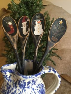 4 Primitive Country Christmas Winter Themed Wooden Utensil Jar Crock Fillers #CountryPrimitive
