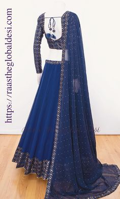 A-Line Wedding Dresses Collections Overview 36 Gorgeou… Party Wear Indian Dresses, Designer Party Wear Dresses, Indian Fashion Dresses, Indian Bridal Outfits, Indian Gowns Dresses, Party Wear Lehenga, Indian Bridal Fashion, Dress Indian Style, Indian Designer Outfits