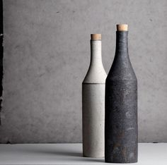 Takashi Endo Balances Functional Pottery and Design Takashi Endo is a Japanese potter making ceramic art with a minimal aesthetic vision, that nearly t Slab Pottery, Pottery Vase, Ceramic Pottery, Ceramic Mugs, Ceramic Bowls, Ceramic Art, Wheel Thrown Pottery, Pottery Classes, Sculpture Clay