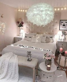 21 Beautiful Dream Rooms Ideas Looking for inspiration for remodel your dreamy room? Here are some ideas to make your dreamed room become reality! check out beautiful room ideas for your inspirations! Cute Room Ideas, Cute Room Decor, Teen Room Decor, Room Ideas Bedroom, Cute Bedroom Ideas For Teens, Bedroom Decor Ideas For Teen Girls, Cheap Bedroom Ideas, Cute Teen Rooms, Cheap Room Decor