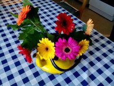 Kukkia ihanille työkavereille