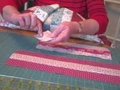 How to Create a Moda Jelly Roll   http://onlinequiltingclassesmembership.ning.com/