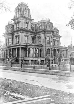Victorian Architecture, Architecture Old, Beautiful Architecture, Architecture Details, Classical Architecture, Beautiful Buildings, Old Buildings, Abandoned Buildings, Abandoned Places