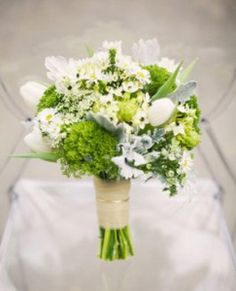 white small wedding flowers stephanotis 243x300 Stylish white wedding flower bouquets