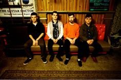 Somos Premiere New Song REMINDED/WEIGHED DOWN