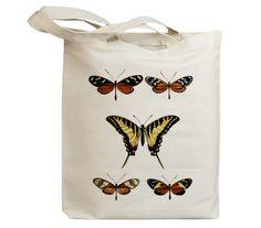 He encontrado este interesante anuncio de Etsy en https://www.etsy.com/es/listing/85778785/butterflies-flying-insects-17-eco