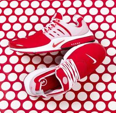 cheaper ef49a 84ec8 Nike Air Presto (Comet Red) Triple Black, Air Presto, New Trainers,