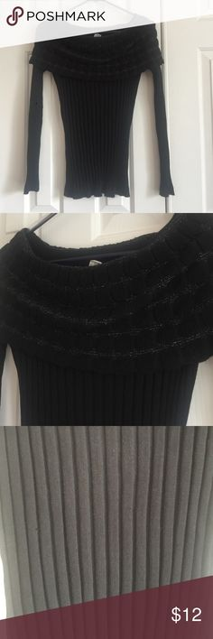 Women's Black Cowl Neck Sweater Good, clean, never worn condition. No tags. Comes from smoke free home. Shop.Bundle.Save.Like.Share. Thanks for stopping by my closet! Kela Sweaters Cowl & Turtlenecks